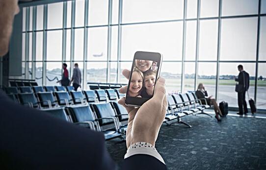 吸引外国投资者蜂拥进入韩国 此前,外国游客从入境到成功开通手机最少