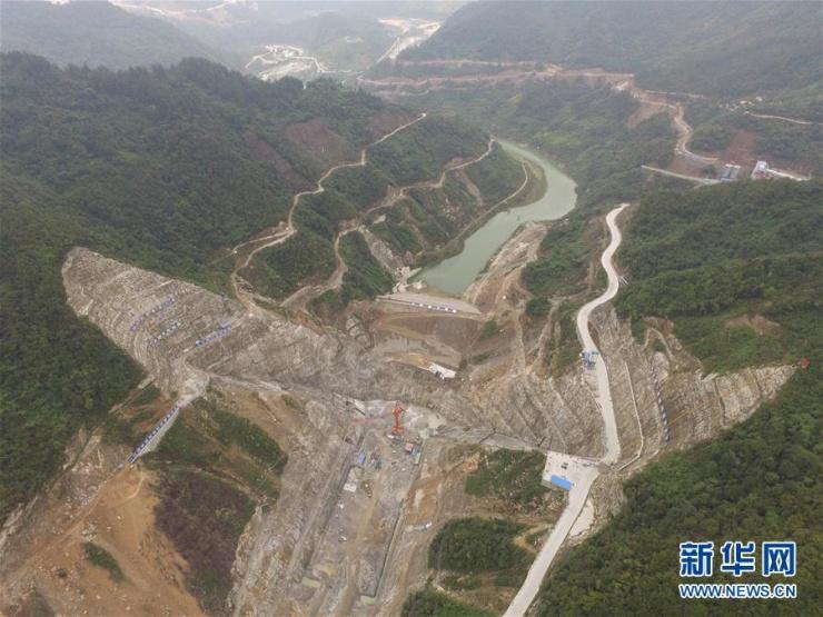 据了解,引汉济渭工程是陕西省有史以来最大的跨流域调水工程,是解决我省水资源短缺的战略性水资源配置工程