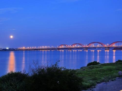 南渡江琼州大桥夜景
