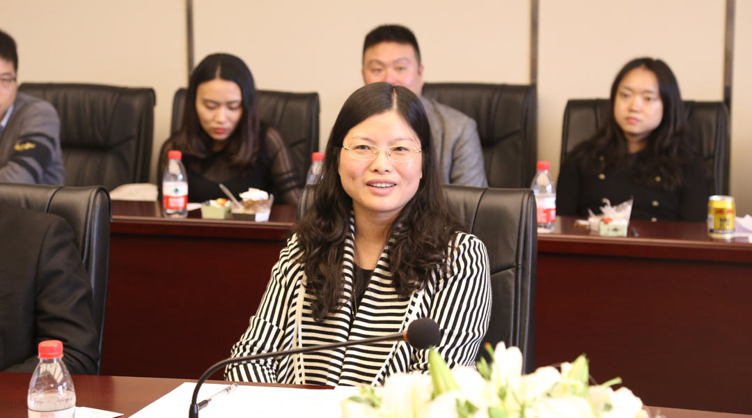 重庆两江新区置业发展有限公司营销总监 张新智