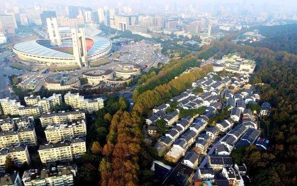 西溪金融岛,未来在城市的西部,很可能形成与东部钱江新城,钱江世纪城c