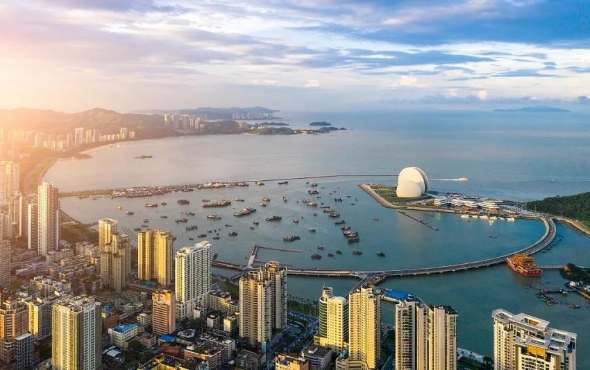 珠海情侣路 珠海情侣路(小档案) 全程28km 是珠海城市的名片 也是