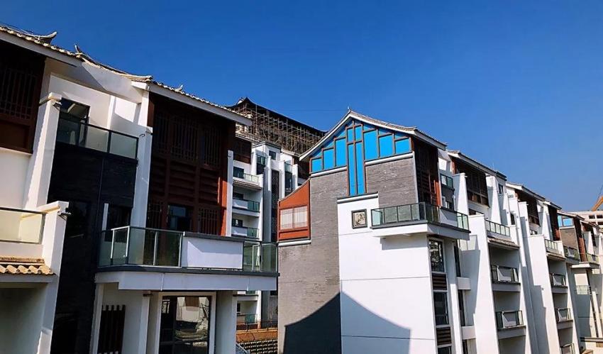 随着海东新区规划的优化和绿色转型,生态山地新城呼之欲出,同时,在