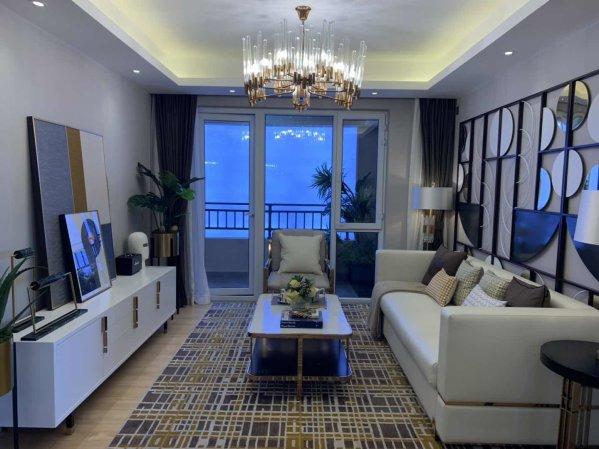(铂悦山)12万元买两居门口直达北京