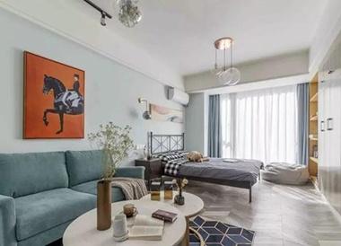 轻奢风单身公寓,大白墙和浅色地板奠定基础